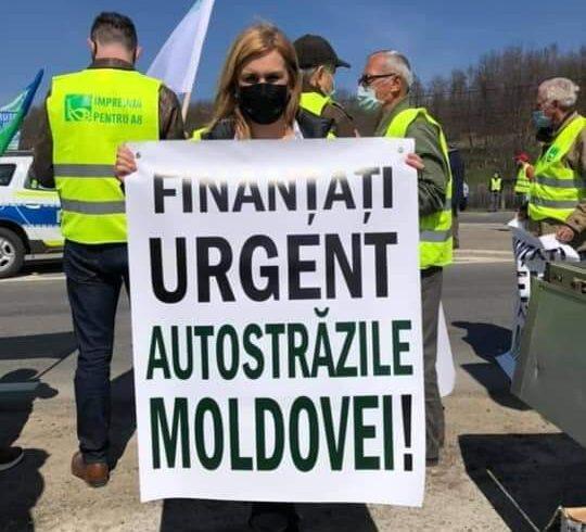 Sute de participanți la mitingul de la Cristești pentru autostrăzile Moldovei